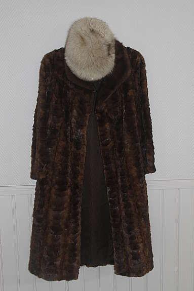 7a1370d6 Find lue med pels. Shop every store on the internet via PricePi.com