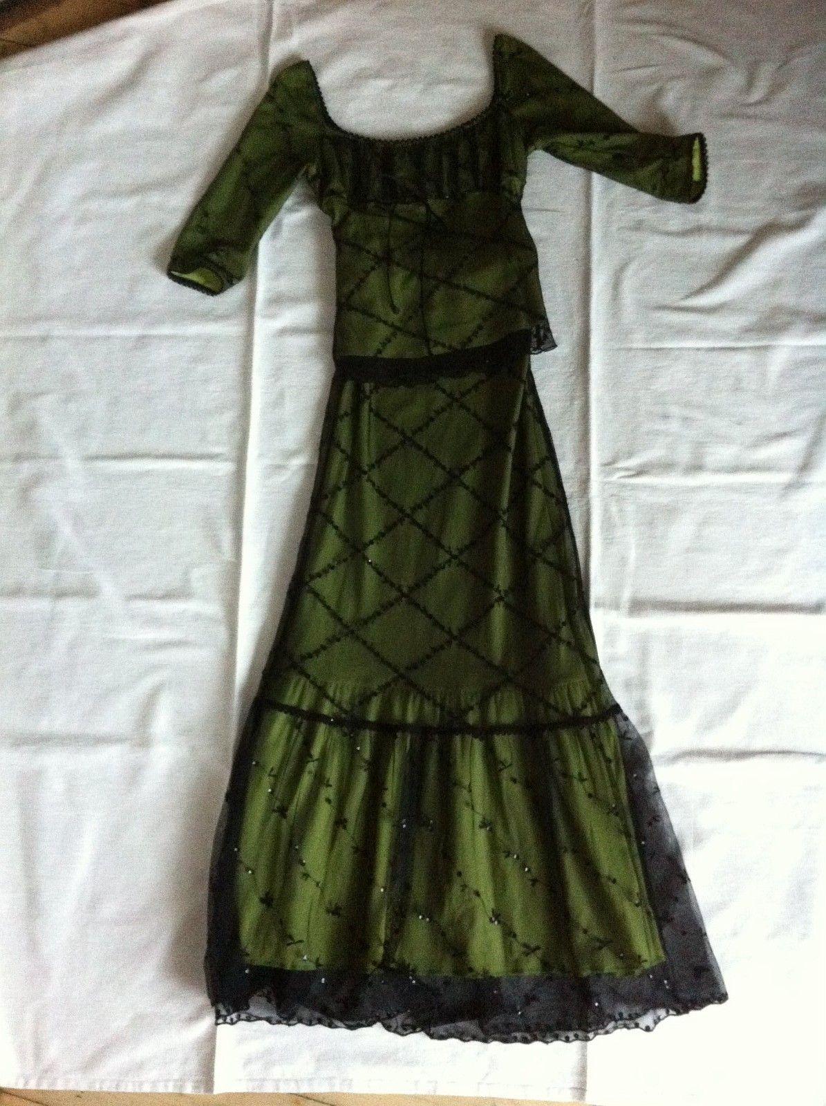 91f7a36d Bisou-Bisou partykjole grønn med sort blondestoff og paljetter. Stl ...