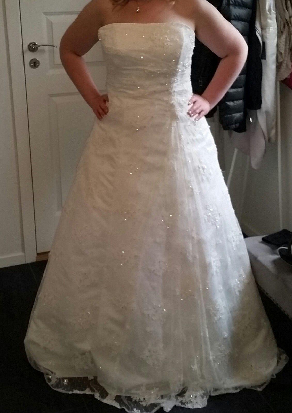 8769c711 Nydelig brudekjole fra Agape | FINN.no