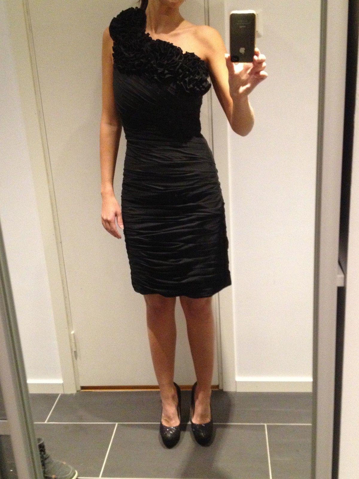 Selskap kjole | FINN.no