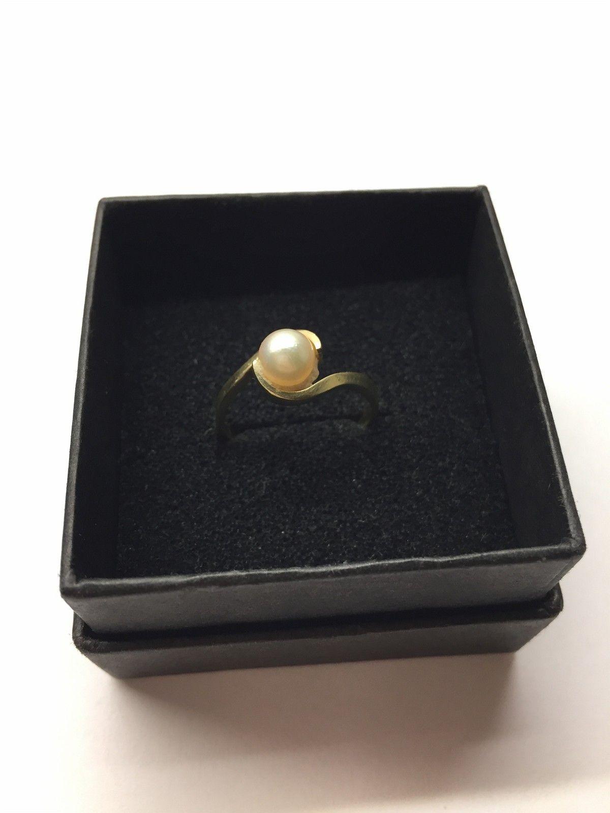 Ring i gull med perle - Oslo  - Lekker gullring i 14k med perle til salgs. Ringstørrelse 53-54. Porto kommer i tillegg. - Oslo