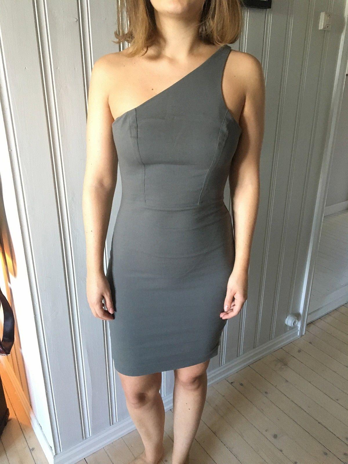 T Alexander Wang kjole | FINN.no