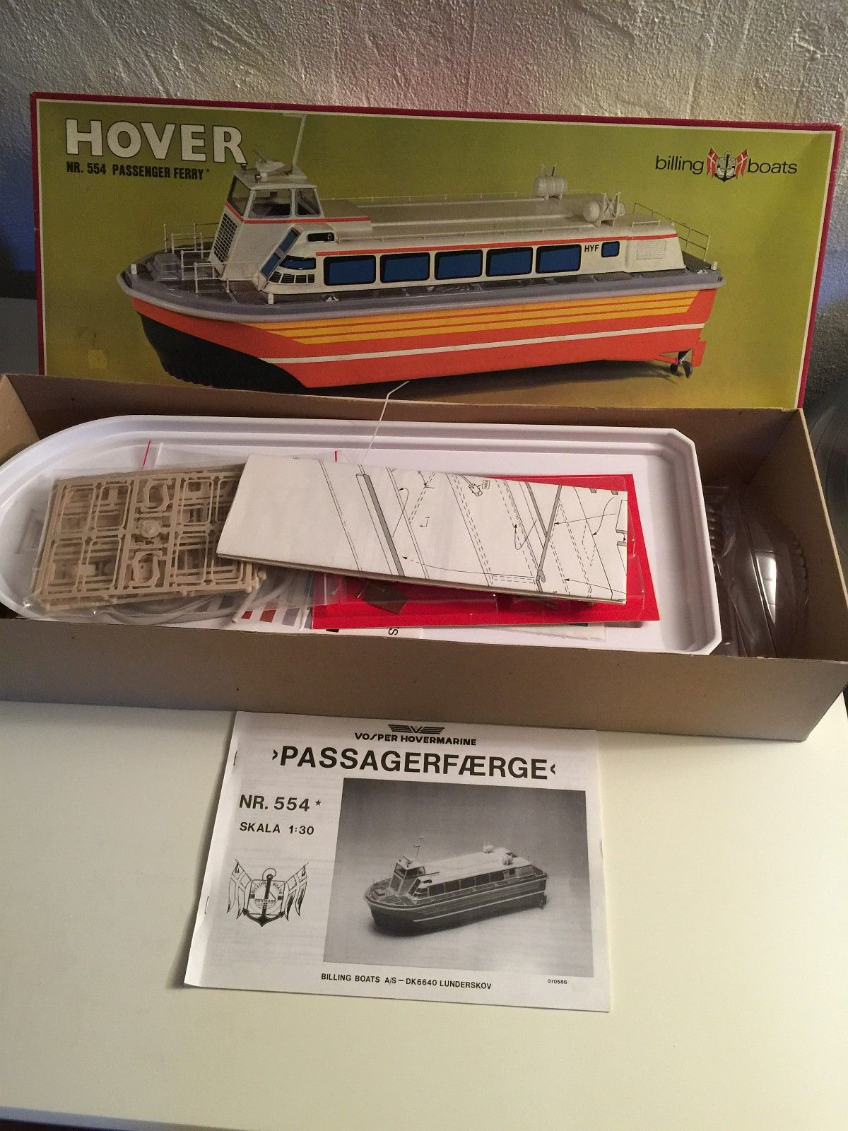 Billing boats - nr 554 - Hover passasjerferge - Jessheim  - Egner seg godt for nybegynnere og kan brukes til R/C - Jessheim