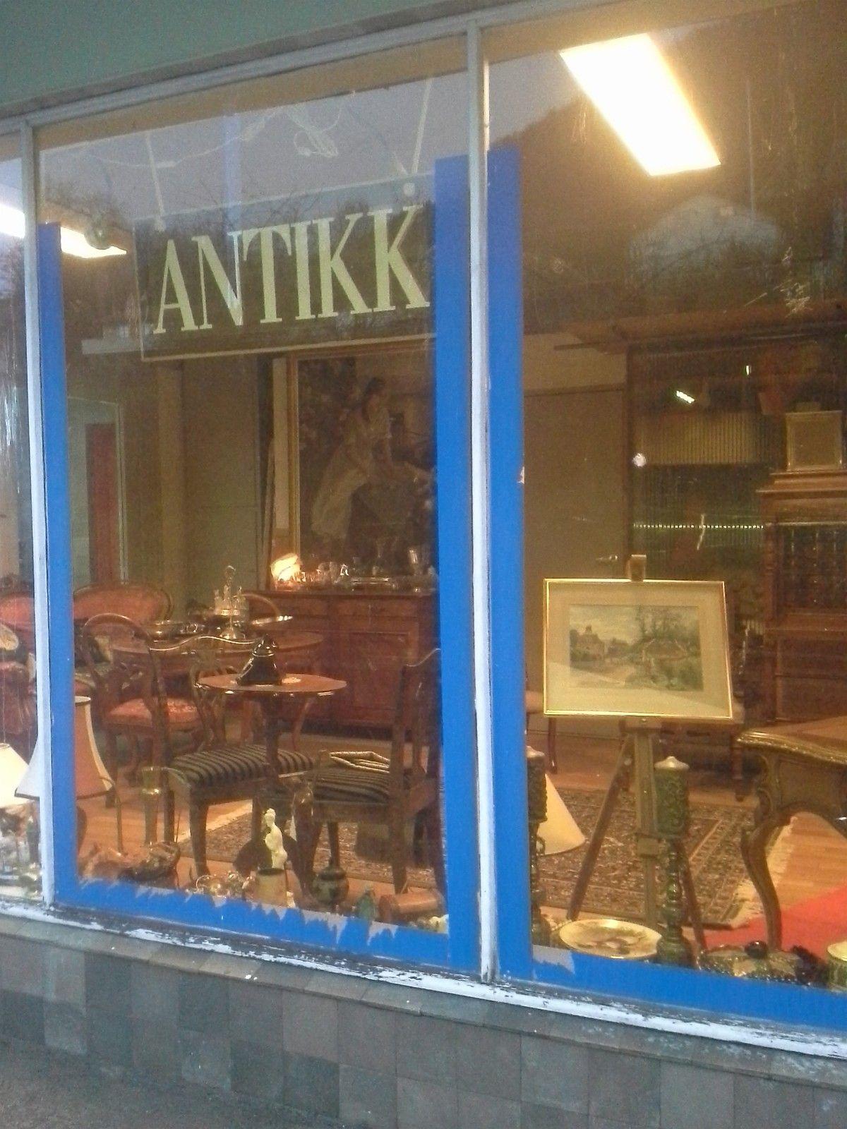 FINN - Antikke mobler og antykviteter Antikk og retro butikk