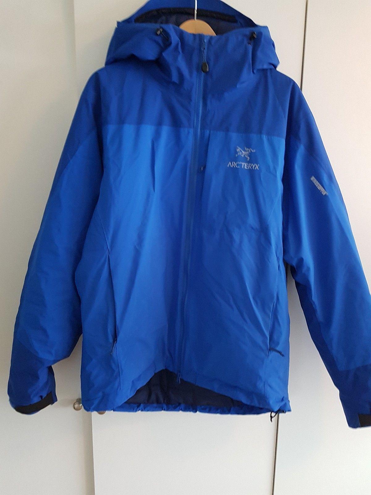 Arc´teryx kappa LT Hoody Jacket - Oslo  - Arc´teryx Kappa LT Hoody Jacket   Størrelse L   Jakken er kjøpt for 2 år siden! Nesten ikke brukt og fremstår som ny!  *This new superlight and highly compressible insulated jacket is a s - Oslo