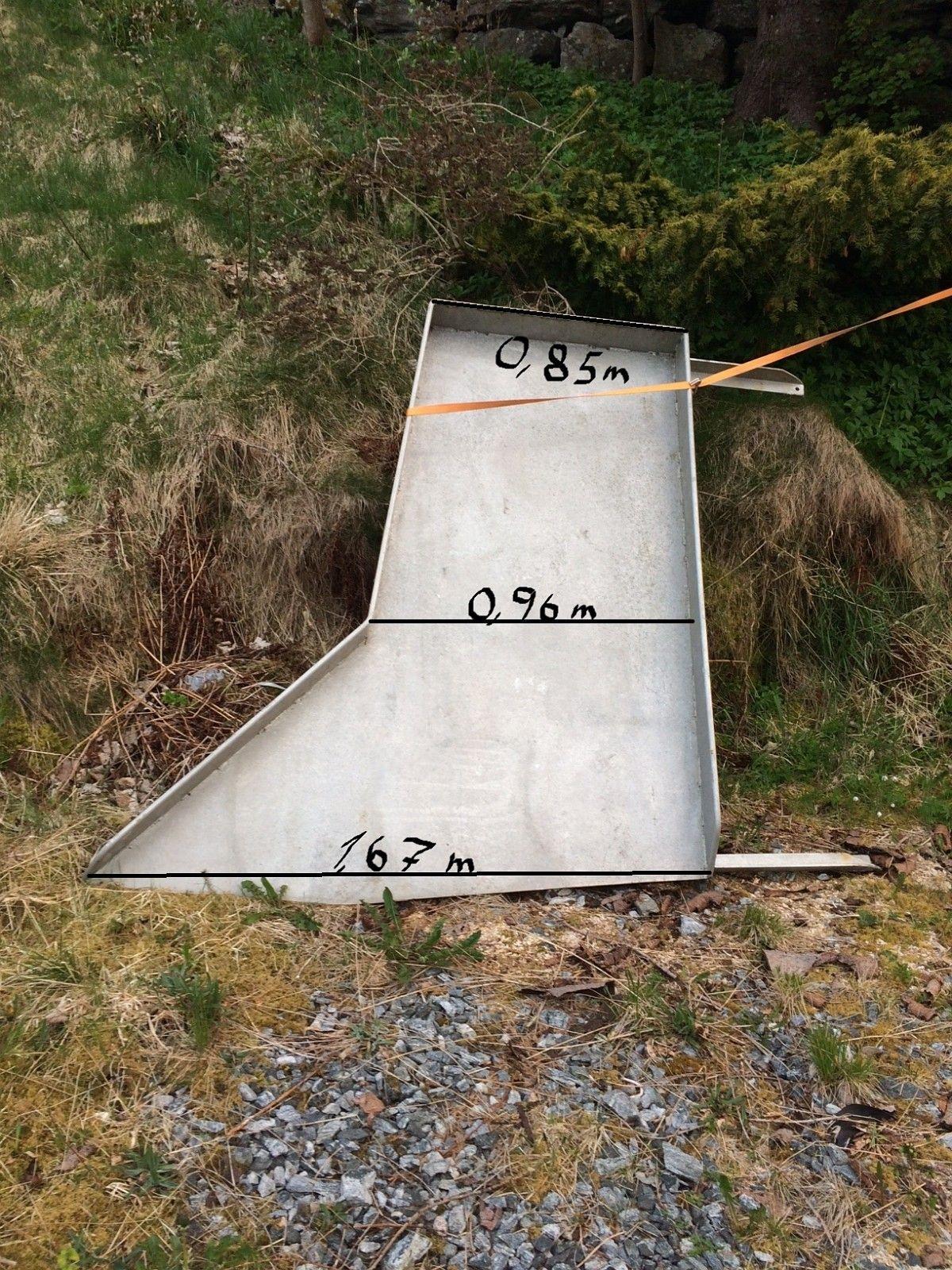 Aluminium garn renne - Fosnavåg  - Aluminium garn renne som har tilhørt 62 fots garn båt. Målene står på bildet. - Fosnavåg