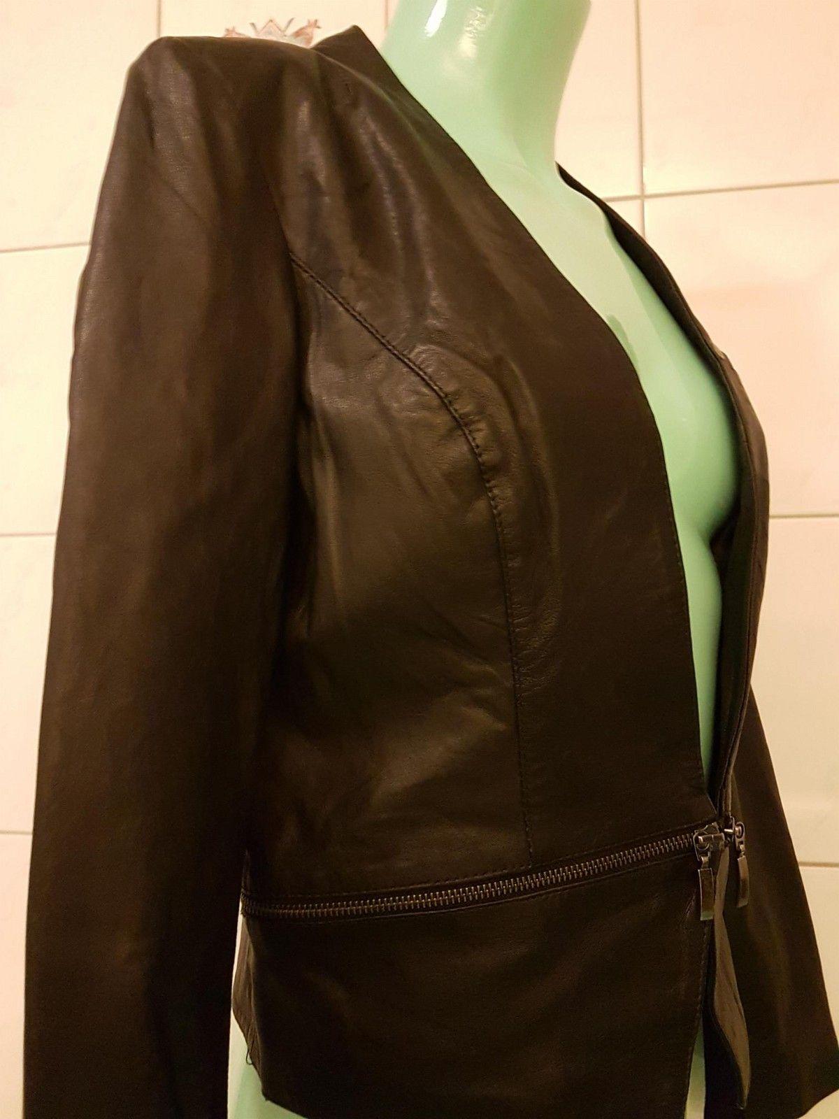 Svart Newport skinnjakke med avtagbare krage og belte, brukt