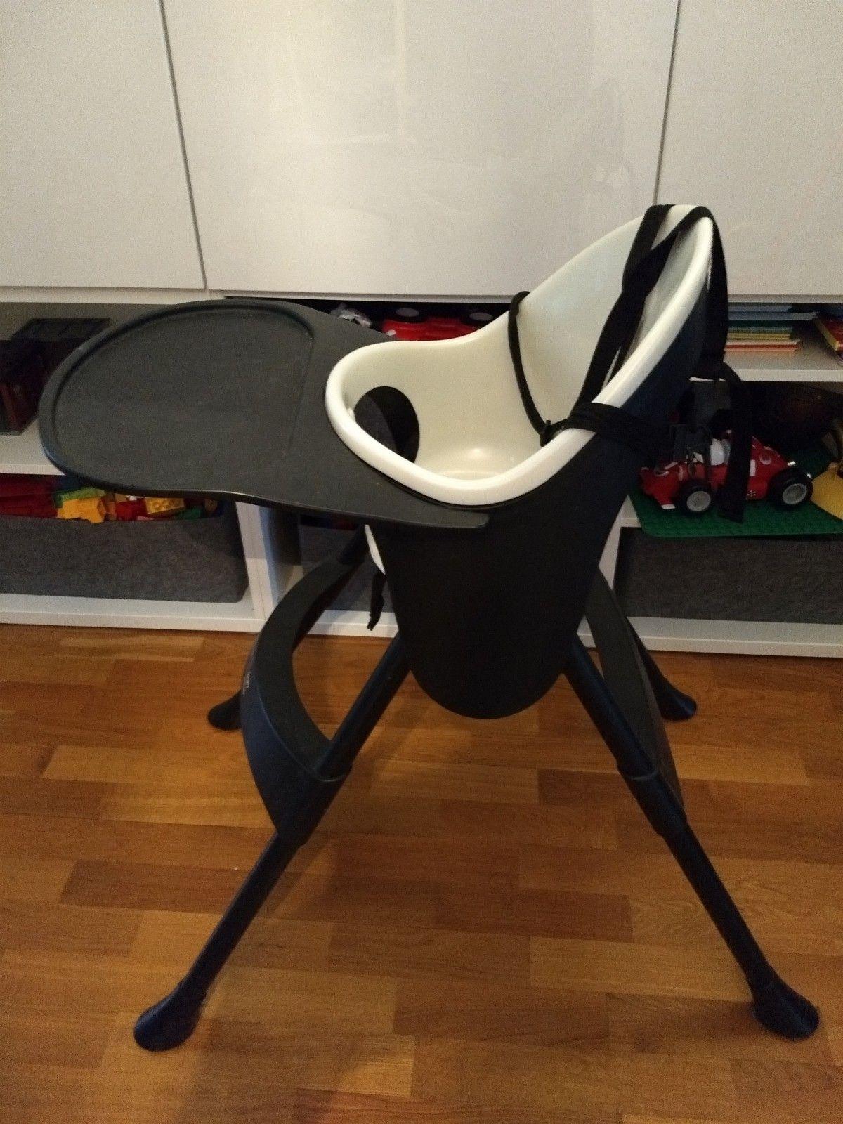 Barnestol - Baby chair - Basson Baby - Rykkinn  - Basson Baby stol med sikkerhetssele og matbrett.  Selges: 150  Nøkkelord / keyword: Babystol, barnestol, baby chair, kids chair, basson baby. - Rykkinn