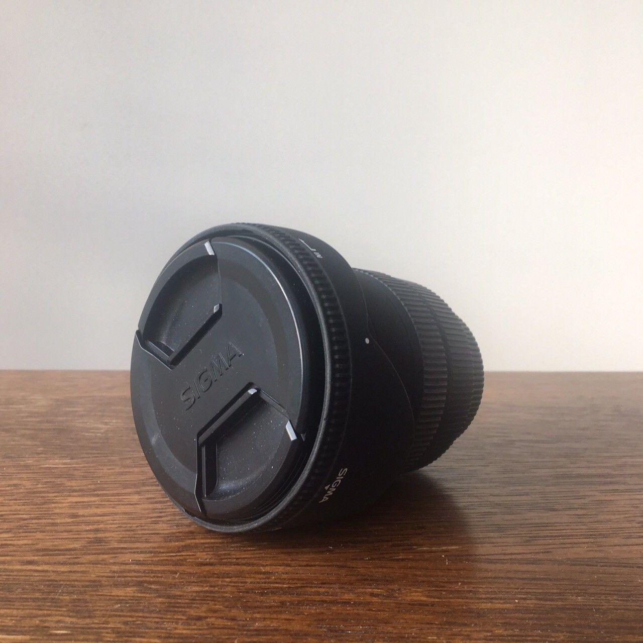 Kameralinse - Bergen  - Selger min vidvingelzoom for Pentax, Sigma 10-20mm, F 3.5 EF-S. Nesten ubrukt og helt strøken! Kommer med etui. Jeg sender, hvis kjøper betaler frakt! :) Nypris ca 4400,- - Bergen