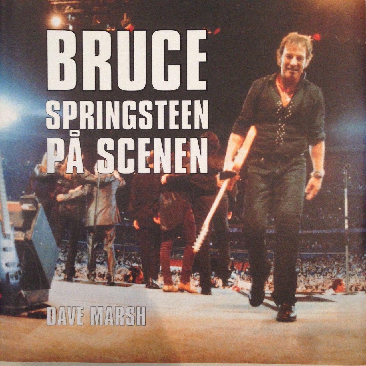 Bruce Springsteen bøker: Born to Run, Point Blank, På Scenen - Oslo  - Bruce Springsteen - Point Blank (biografi 1998, engelsk) - av Christopher Sandford (innbundet) - NOK 100  Bruce Springsteen på scenen - Dave Marsh (norsk, ikke lest - som ny) - NOK 200  Bruce Springsteen - Born to Run  - Oslo
