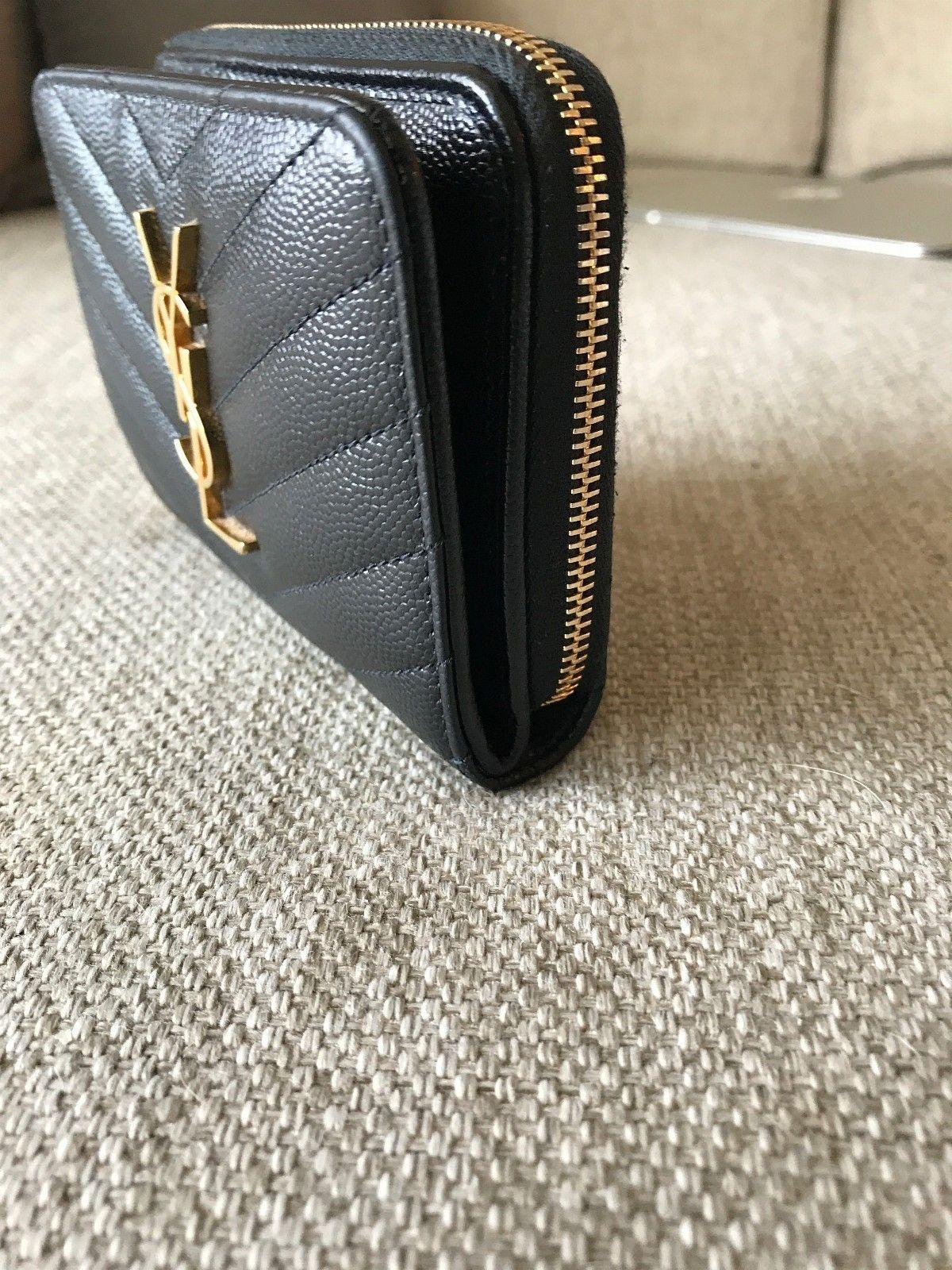 YSL lommebok - Sandvika  - Kjempefin lommebok fra YSL, kjøpt for 1 år siden i London. - Sandvika