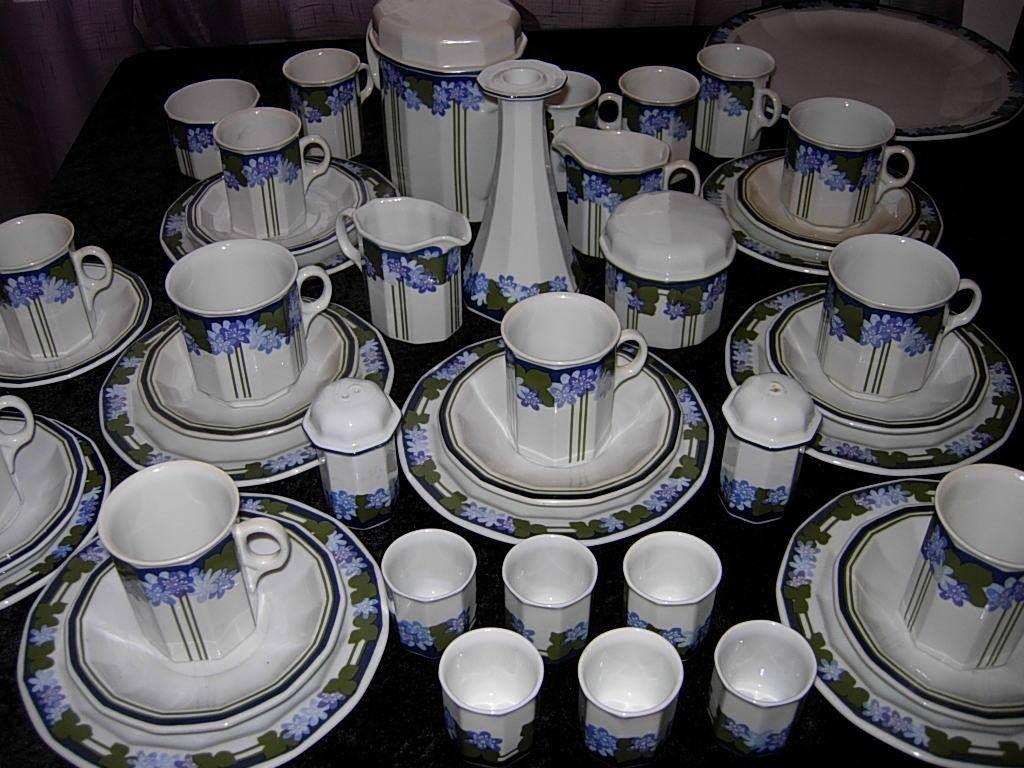 Anemone fra Porsgrund ønskes kjøpt - Porsgrunn  - Vi ønsker å kjøpe alt av Porsgrund Porselen Anemone servisedeler. Kaffe, te, middagservise, lysestaker, kanner og alle deler i det mønstret. Topp priser. - Porsgrunn