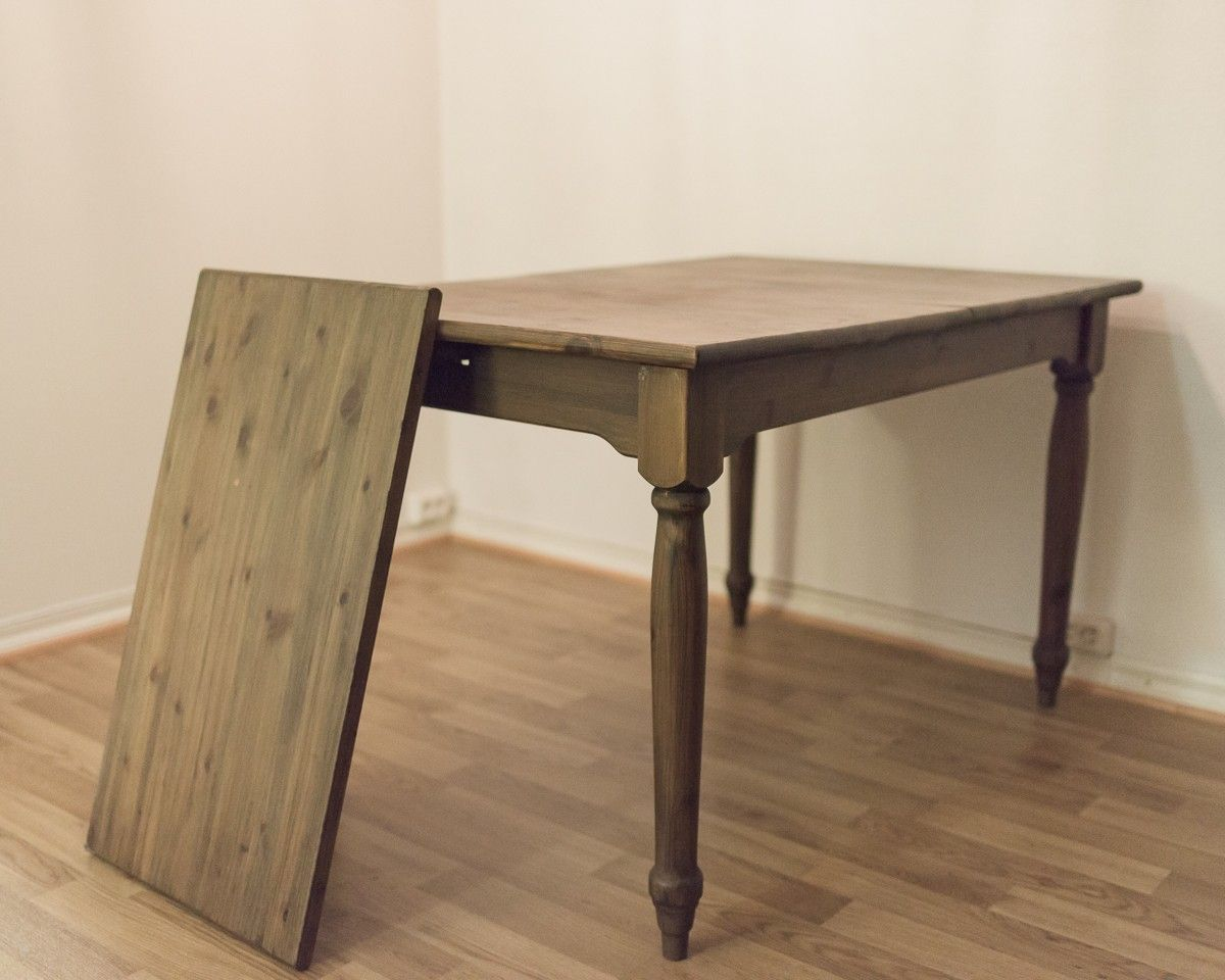 Dark stained solid pine table - Trondheim  - Solid pine, dark-wood stained kitchen table. Good quality! Seats 6 without extender section, or 8 when extended. Selling as I'm moving to a smaller apartment.   Dimensions: L-120, D-80, H-75.  Collection only. - Trondheim