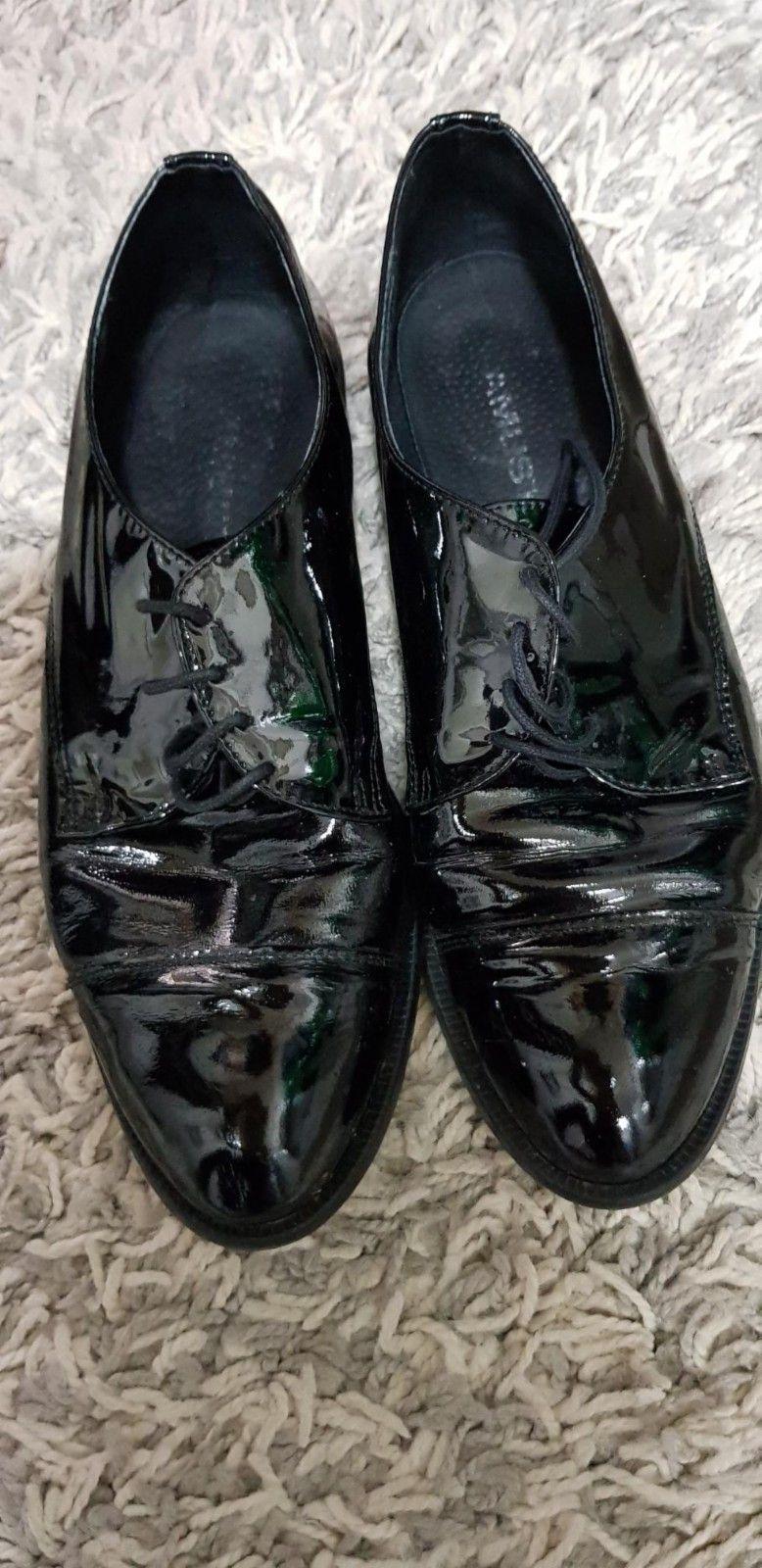 d80177b35bd Dame Sort Flate sko, Laced str.39 - Sorte Chrissy Sko fra Amust ...