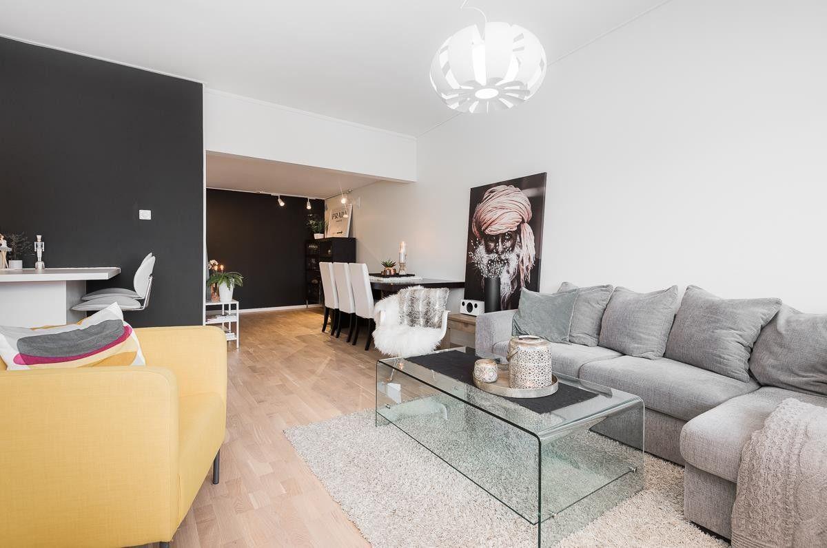 Haugesund - Søre bydel -Helrenovert 4-r leilighet. Må ses! Innglasset balkong, nytt kjøkken og strøkent bad bilde