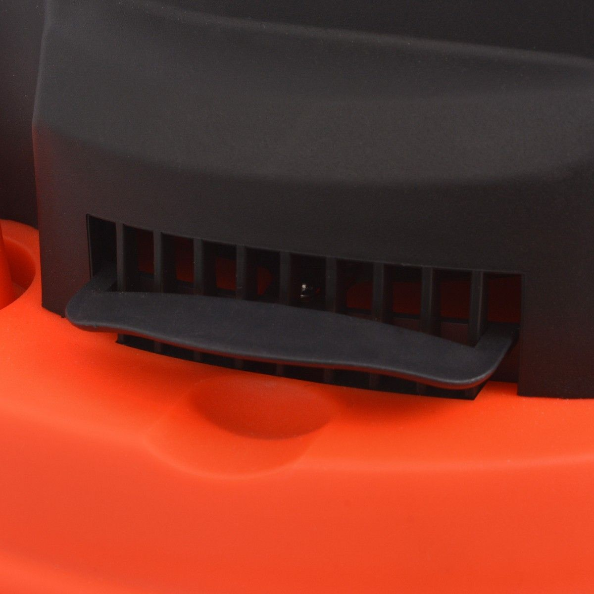vidaXL Askestøvsuger 1200 W 20 L svart og oransje (142356