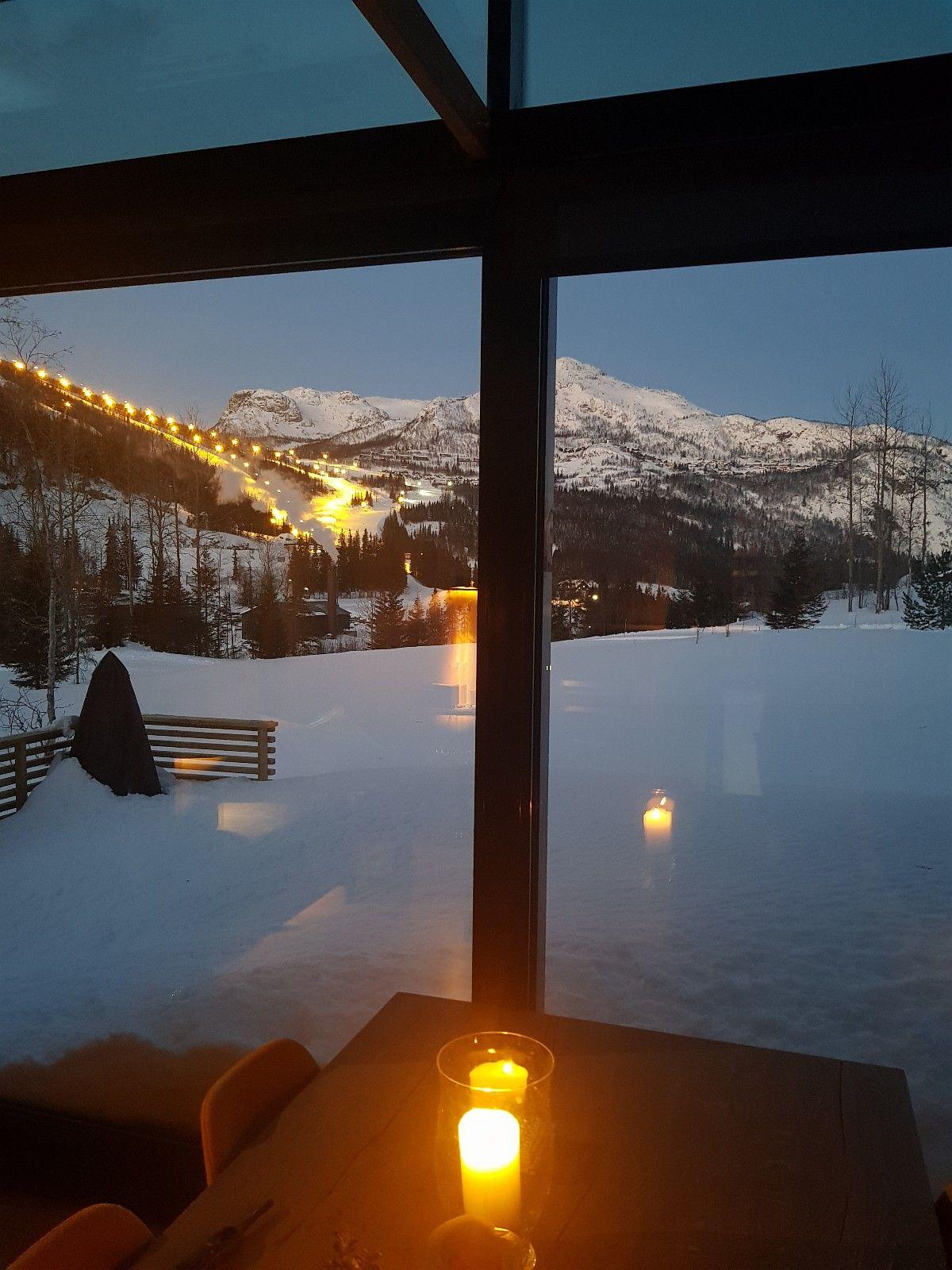 Utsikt mot skisenteret fra stua