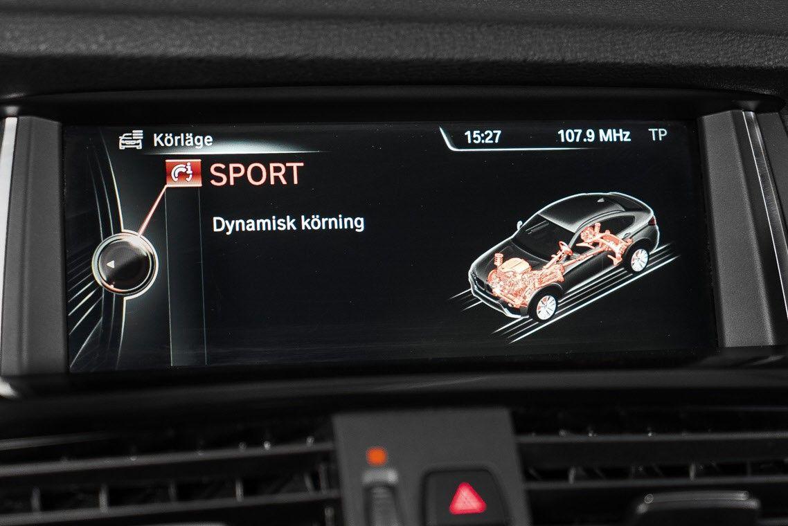 Hvordan kan jeg hekte meg Sirius radio i bilen min Ohio loven daterer en mindreårig