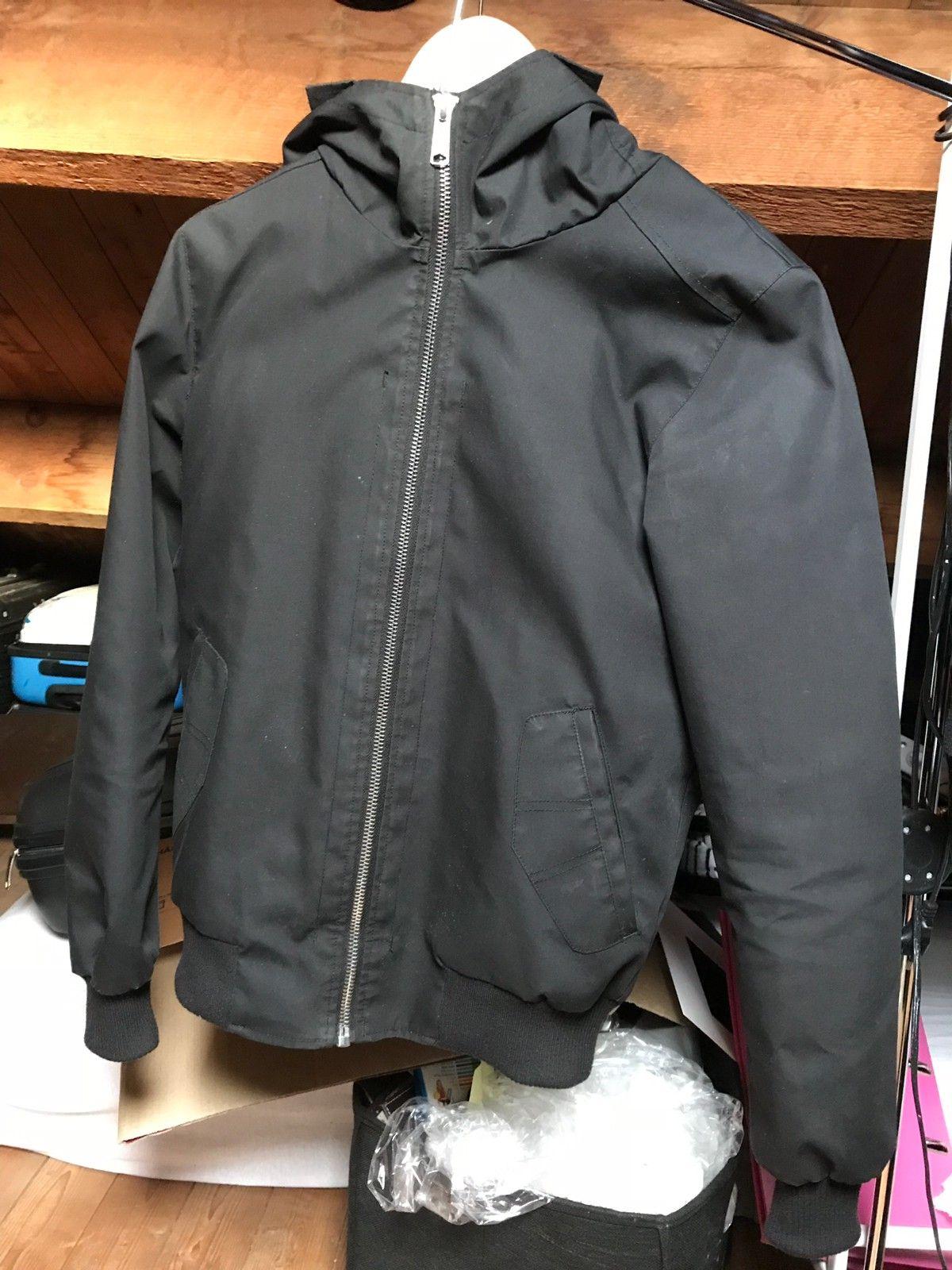 c9a2653a Svart jakke kjøpt i sin tid på Carlings av merket Vailent. Pent ...