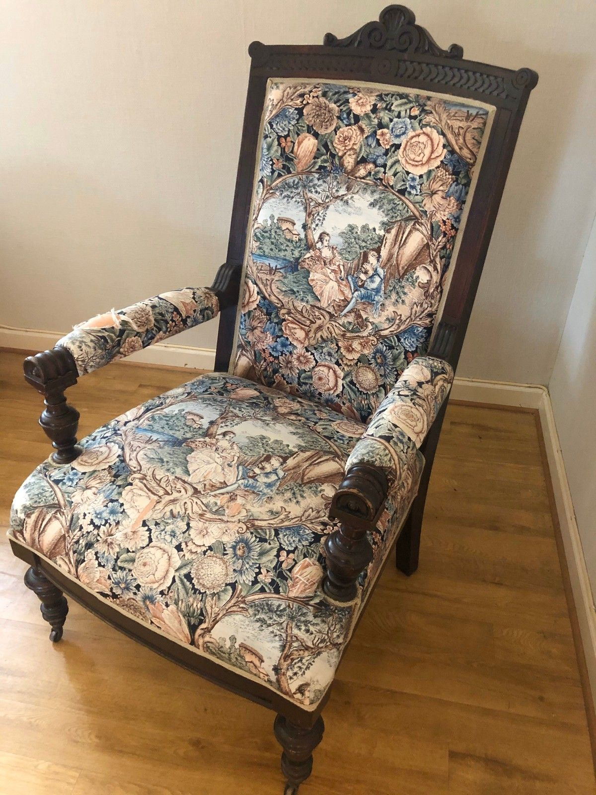 Antikk stol | FINN.no