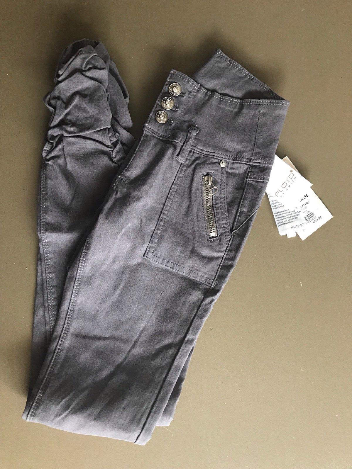 Bukse fra Floyd, ny med lapper | FINN.no