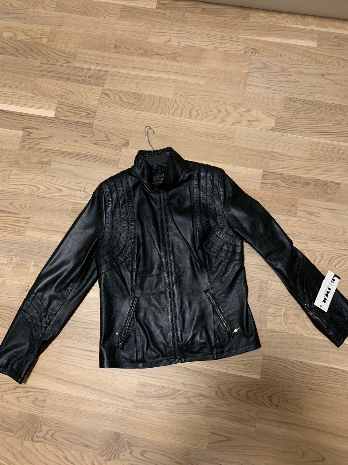 Skinnjakke dame Leather by Aleksander | FINN.no