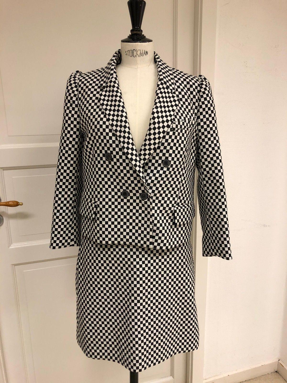 Flott sett fra Zara. skjørt og jakke.   FINN.no