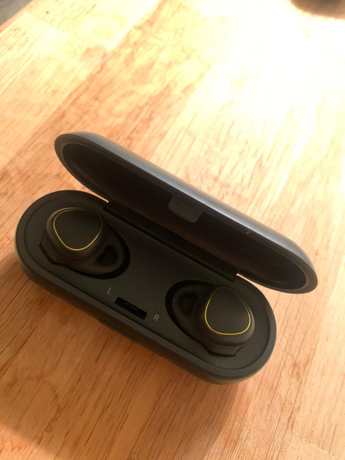 Gear IconX trådløse in ear øreplugger | FINN.no