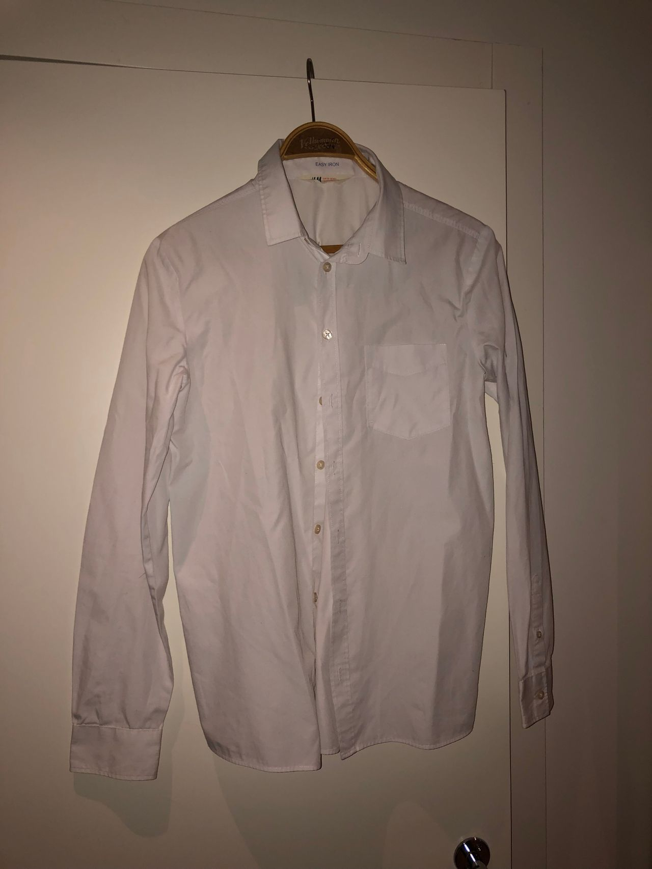 Hvit skjorte fra Cubus str 14 år | FINN.no