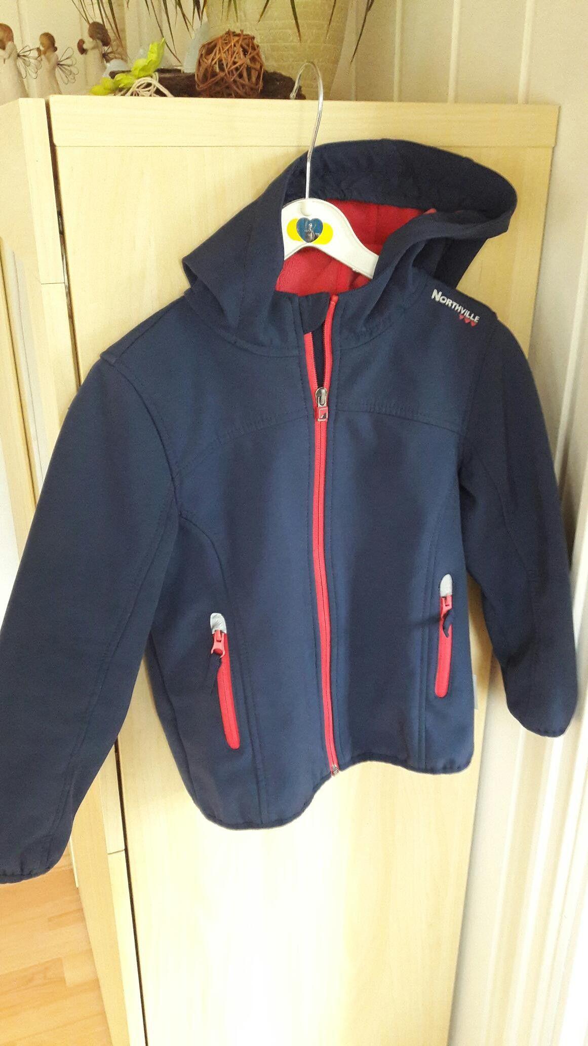 Softshell jakke til ei jente 116   FINN.no