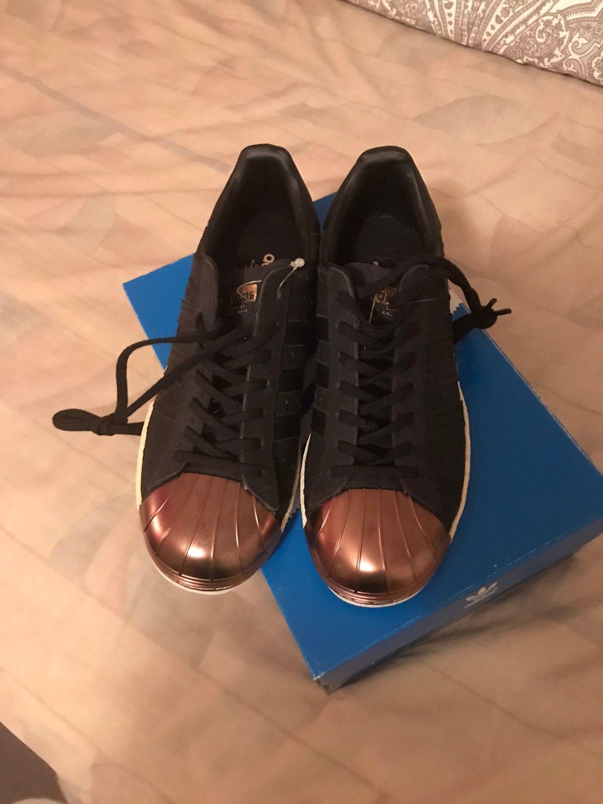 Ny Adidas sko i str. 36 | FINN.no