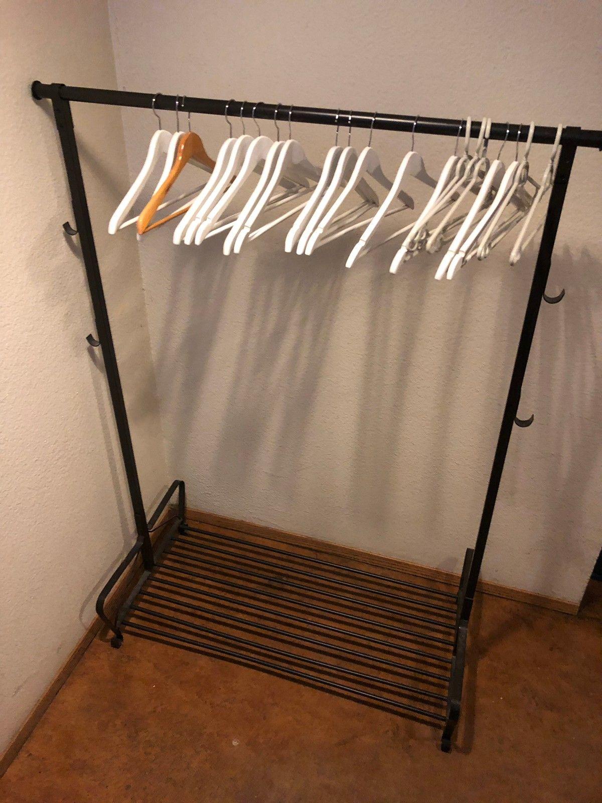 Fasjonable Kleshenger med skooppbevaring | FINN.no AE-36