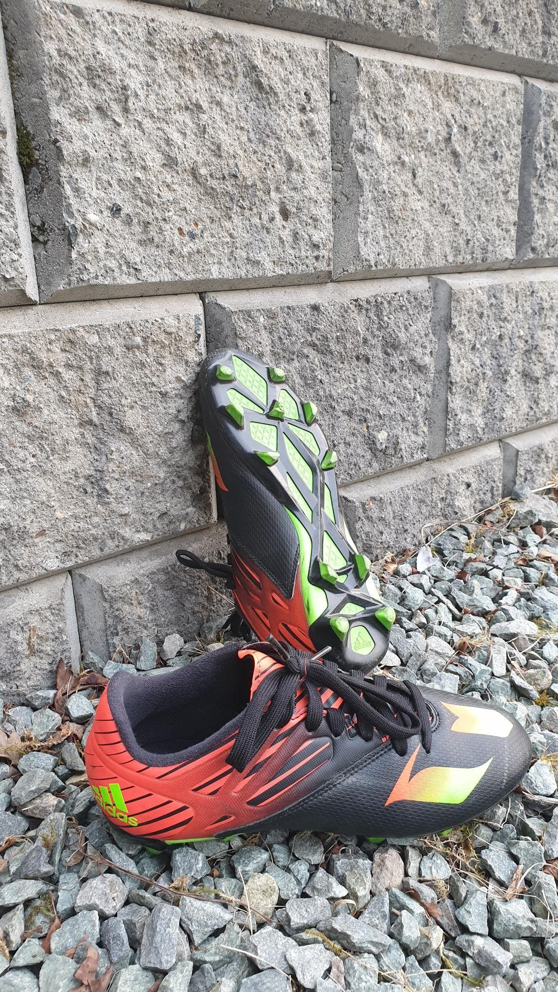 f59913b9 Adidas og Nike fotballsko, 3 par | FINN.no