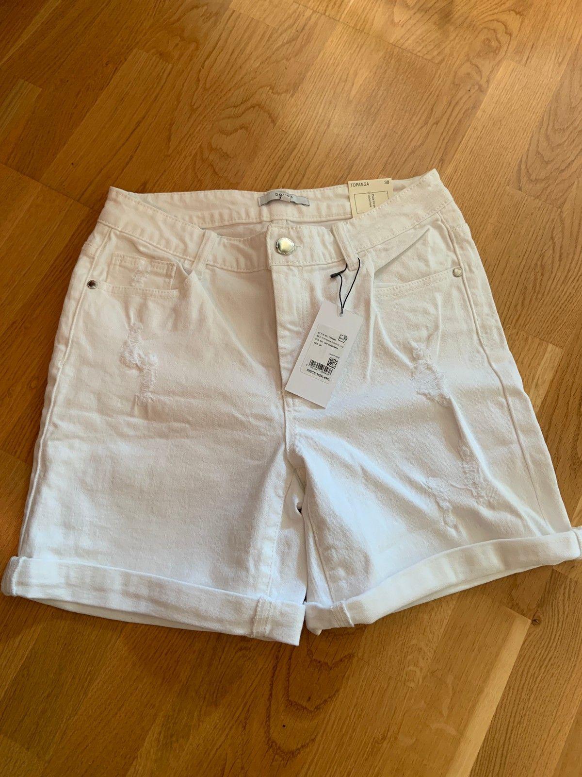 d8f6d52f Hvit shorts dame str 38 | FINN.no