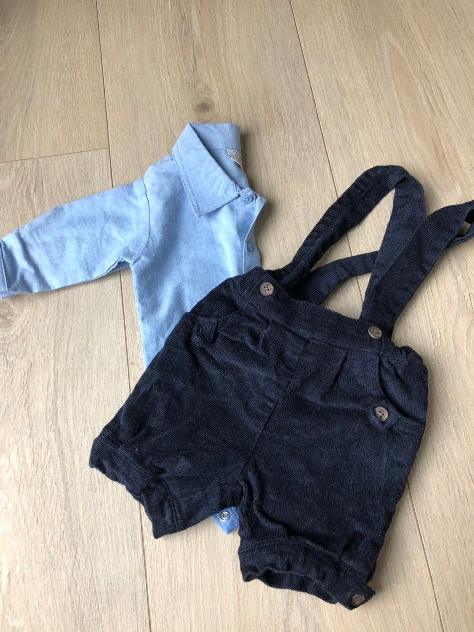 969ab506a25 Shorts og skjorte body Hust and Claire str 62 | FINN.no