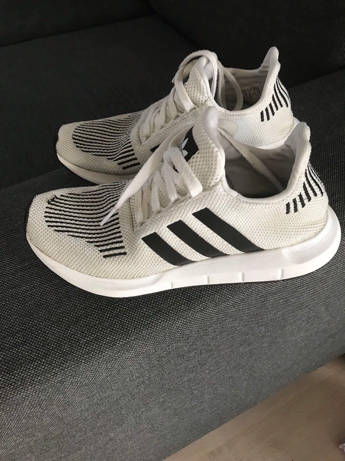 Adidas fritidssko selges rimelig | FINN.no