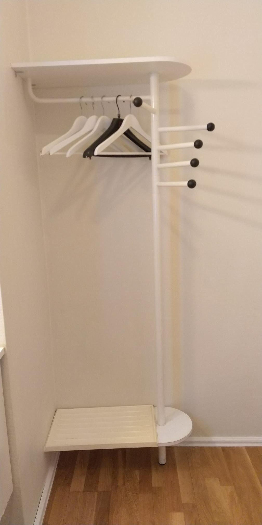 Moderne Garderobestativ fra IKEA   FINN.no EL-16