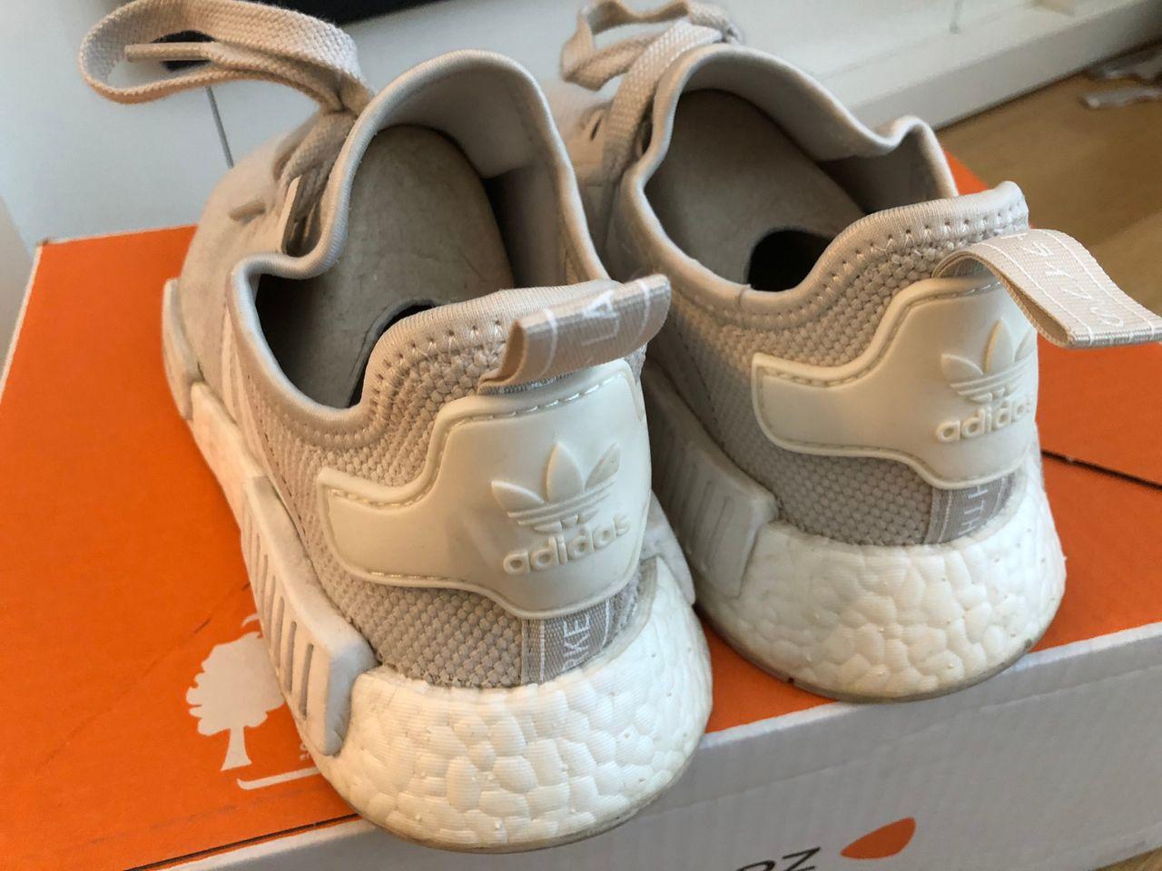 Adidas Kjøpe, selge og utveksle annonser gode tilbud og priser