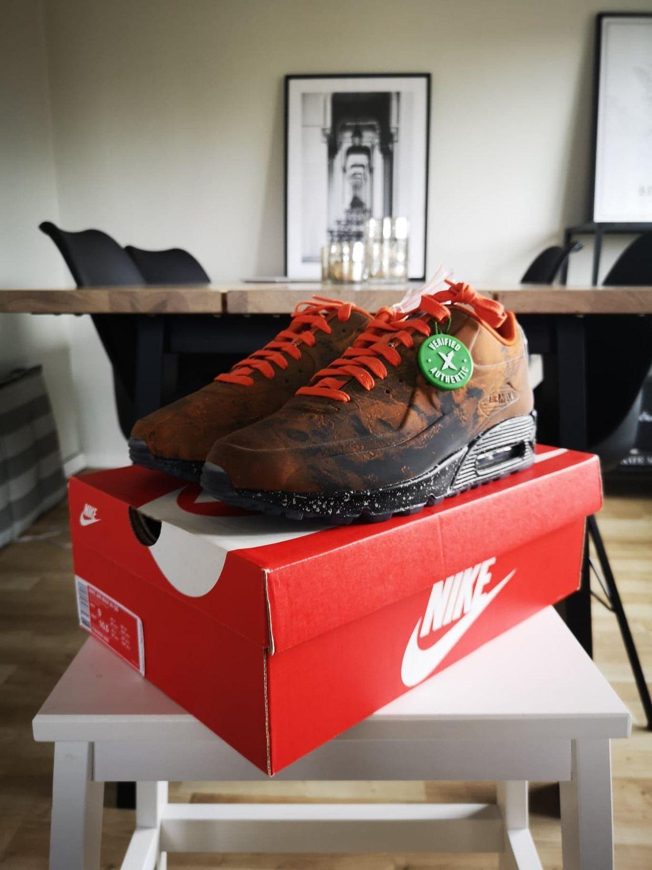 Nike Air Max 90 Mars Landing Strl 42,5 | FINN.no