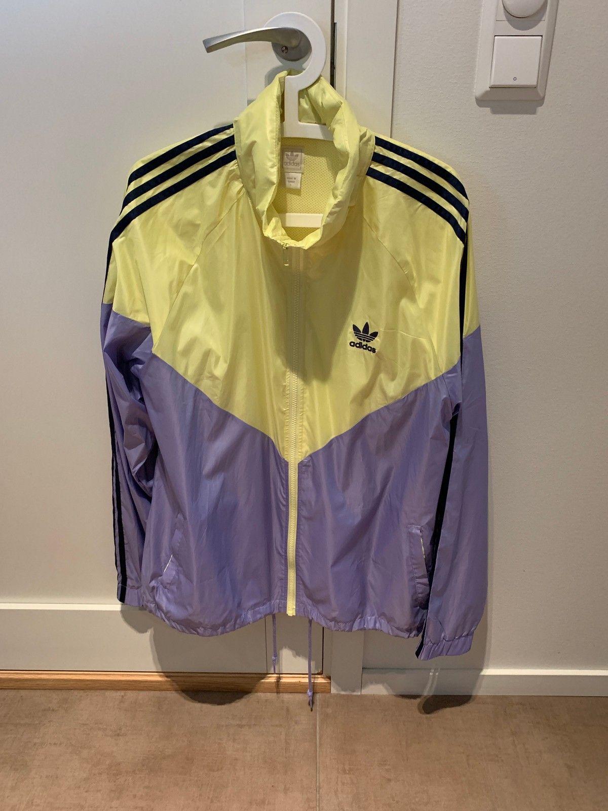 Ubrukt Adidas retro jakke   FINN.no