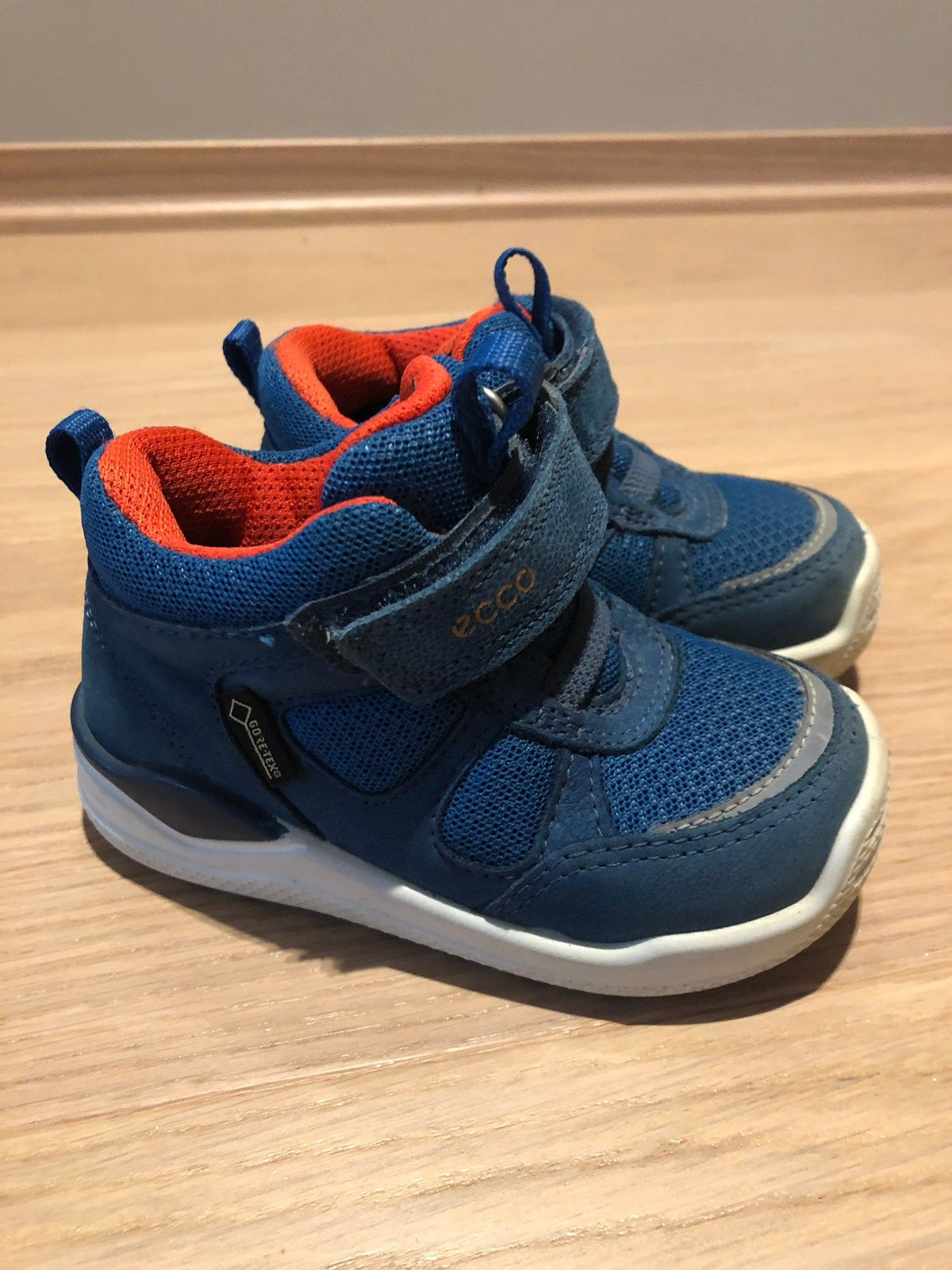 Ecco Goretex sko str 21 knapt brukt | FINN.no