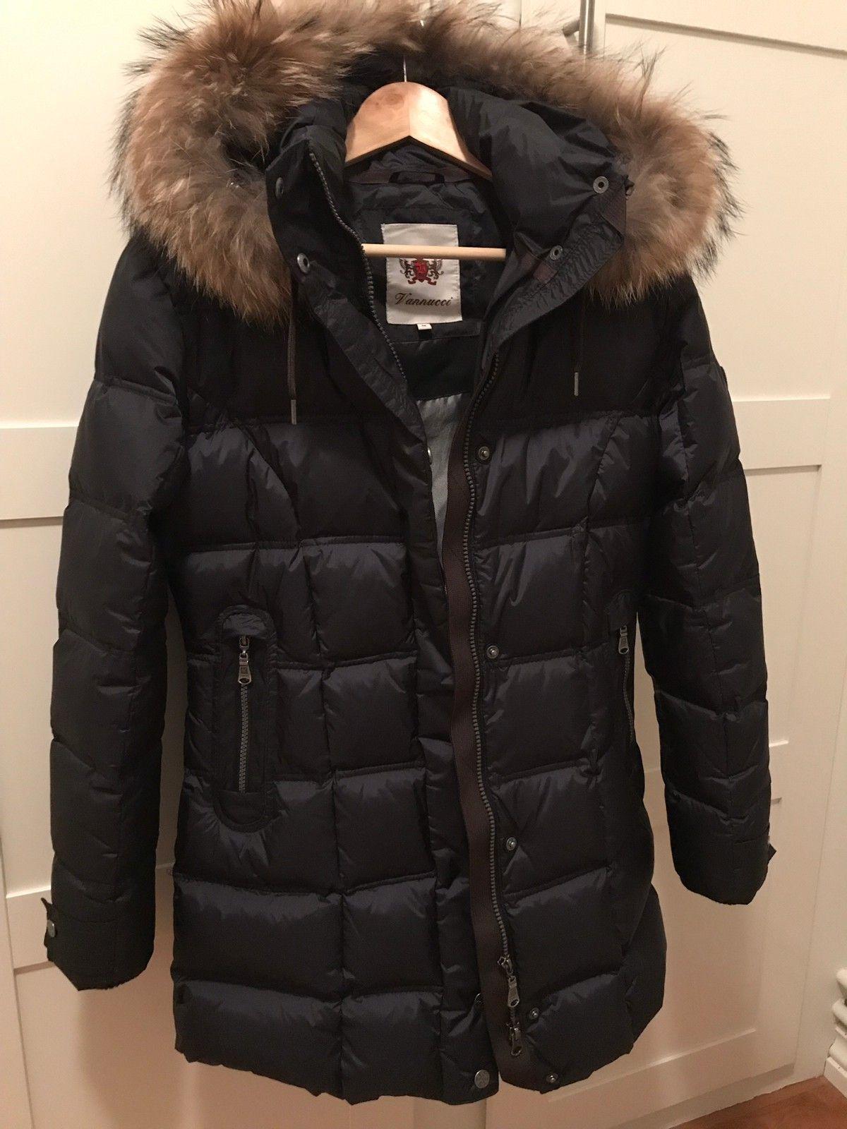 Vannucci jakke med ekte pels | FINN.no