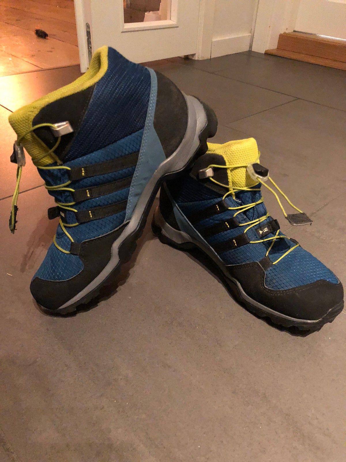 Adidas terrex tursko til barn. Str: 35,5 | FINN.no