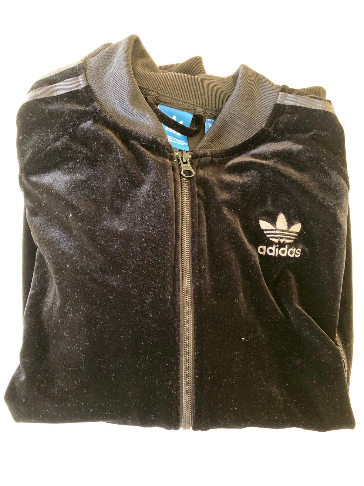 Adidas klær! | FINN.no