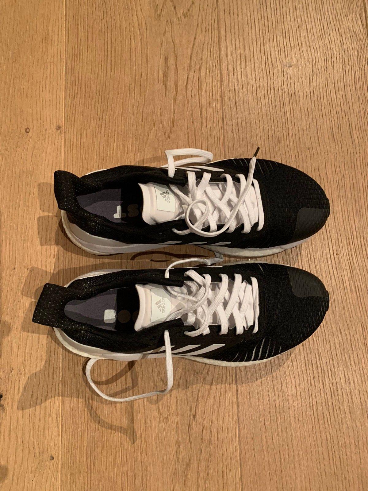 Adidas joggesko solar glide ST, str 38 23 | FINN.no