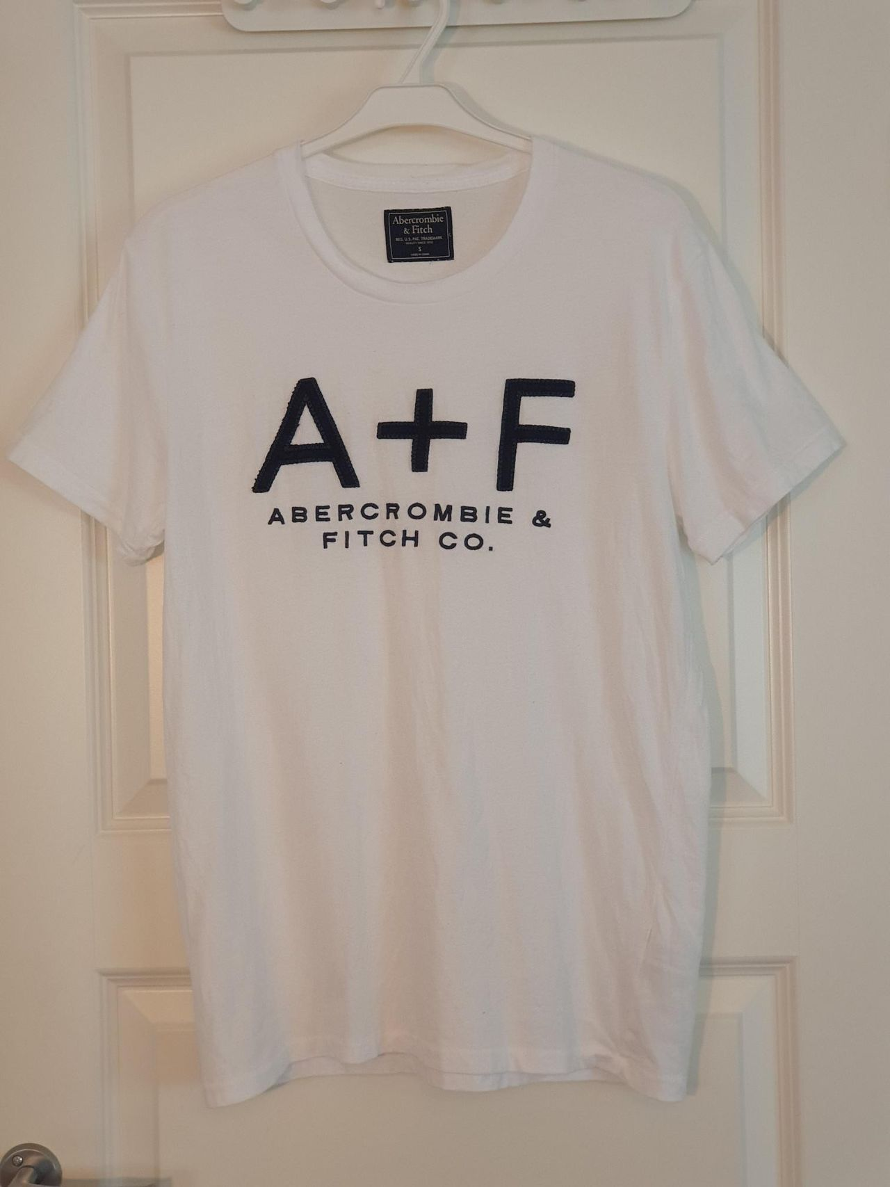 abercrombie and fitch t skjorte