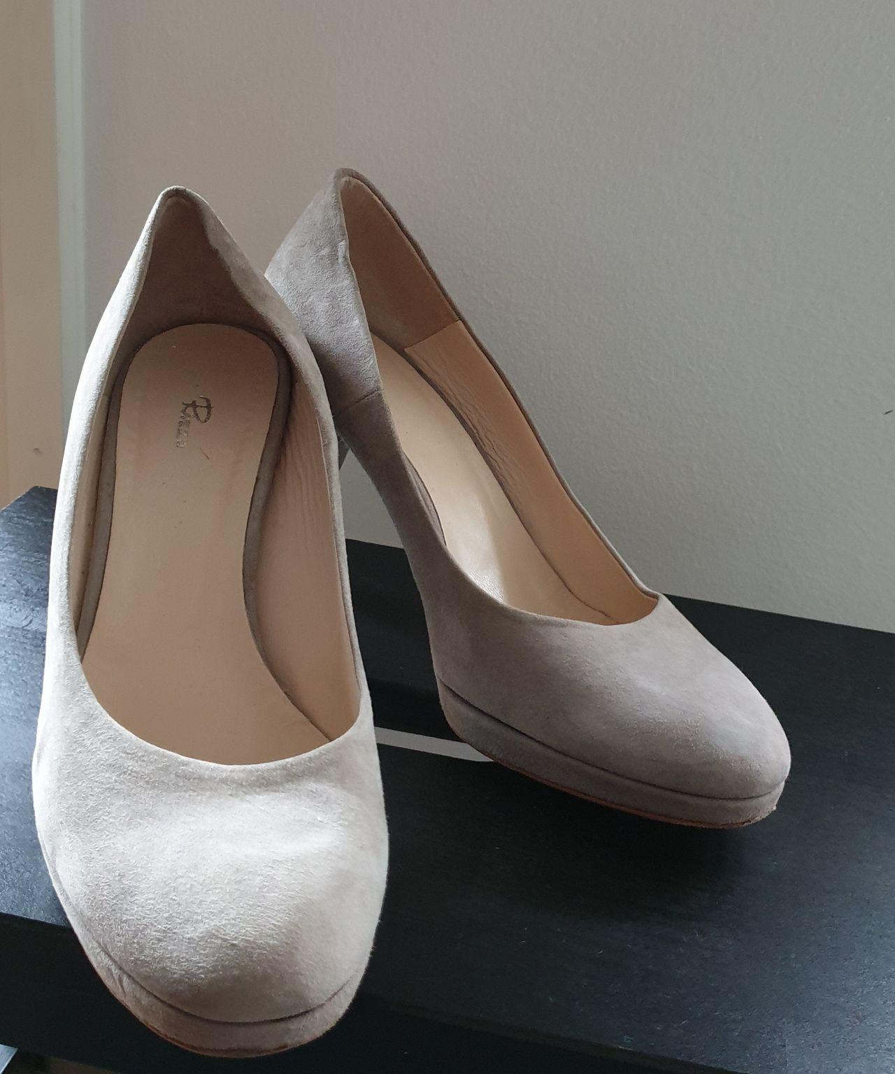 Nye Rizzo sko i lær str 39 | FINN.no