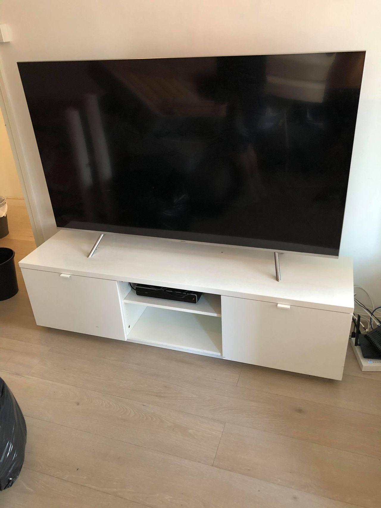 Ny tv benk med Kjøpe, selge og utveksle annonser finn den