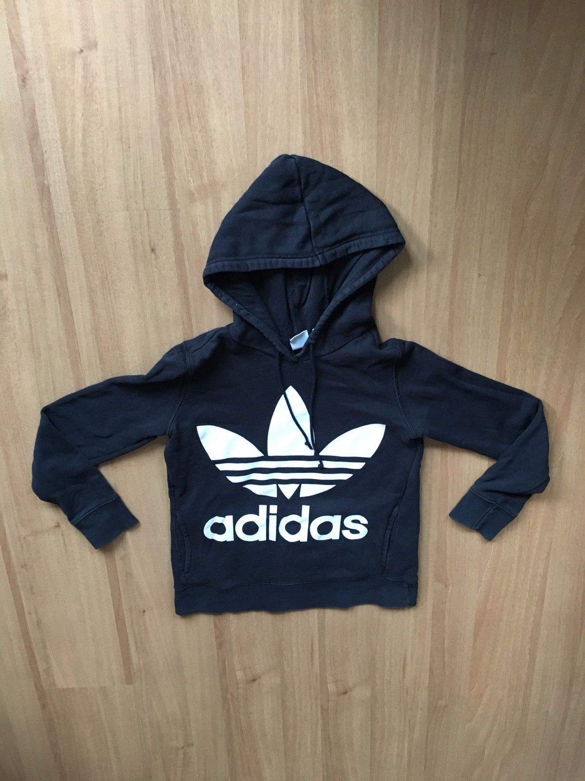 Adidas College genser, grå | FINN.no