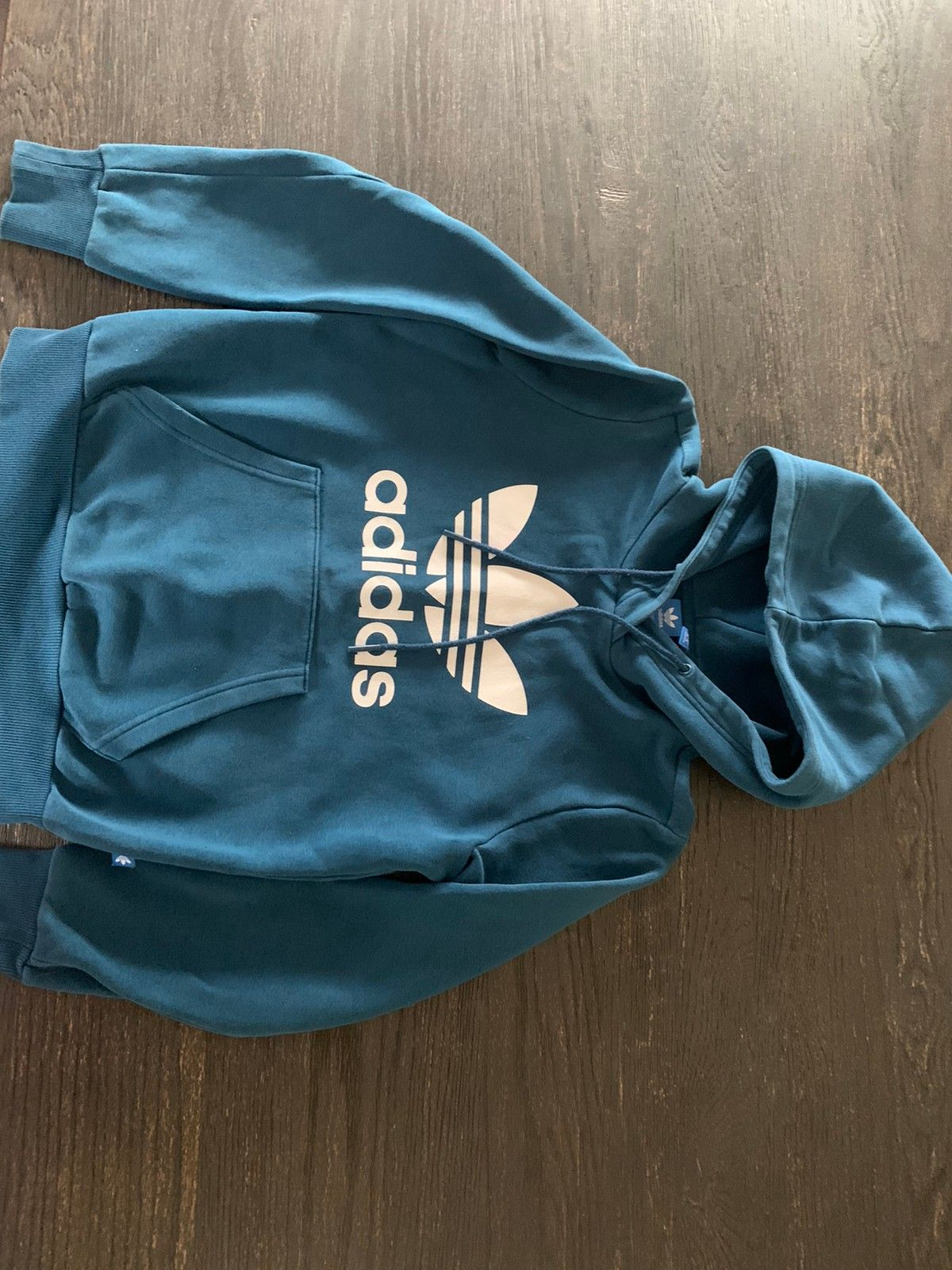 Adidas kort jakke | FINN.no